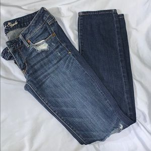 AE Distressed Stretch Skinny Jeans Size 2